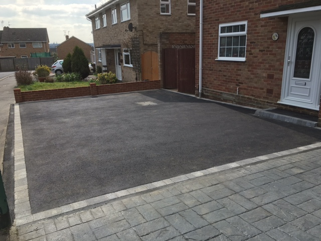 tarmac-driveway-built-by-Benchmark-Landscaping-Kent-and-Sussex