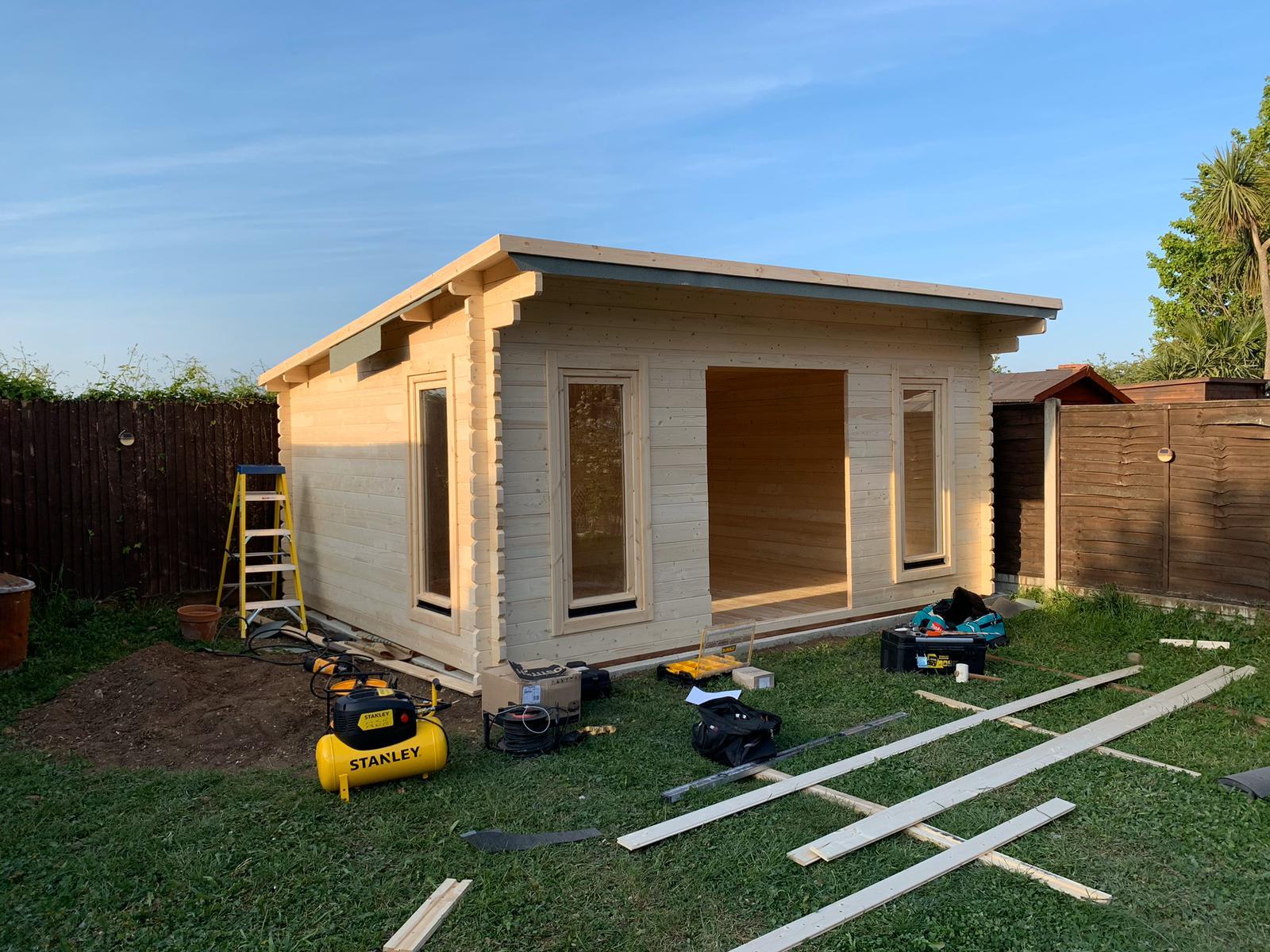 Garden office Builders